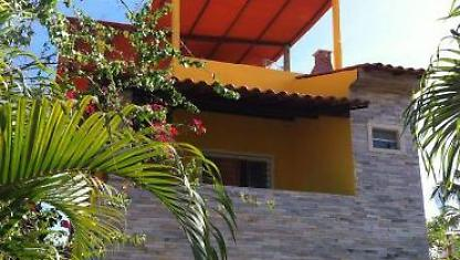 Beautiful house for rent in Maracaipe